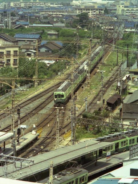 枚方市駅牧野方2400系2次車